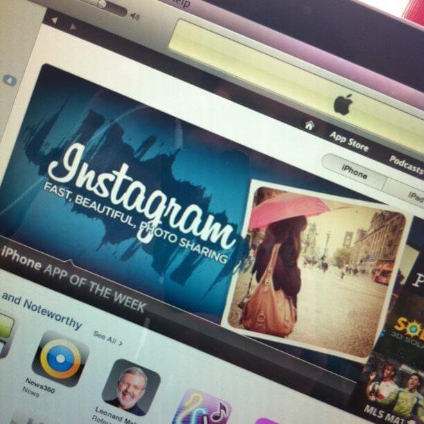 Instagram стал приложением недели в AppStore, 29 октября в 2010 году