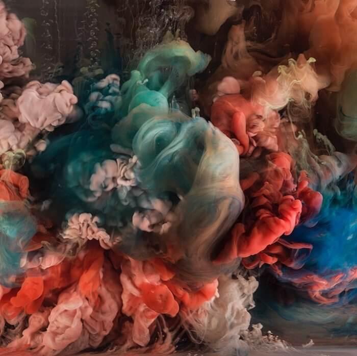 Kim Keever. Картина под водой – красные клубы